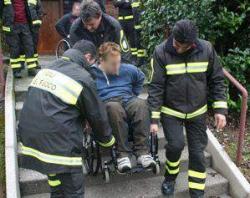 Soccorso dei Vigili del fuoco a persona con disabilità