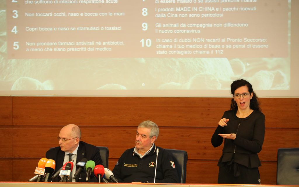 conferenza stampa Dpc in lis