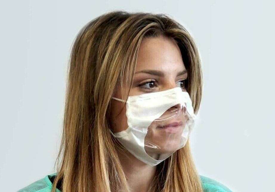 mascherina trasparente ad uso della collettività, snificabile